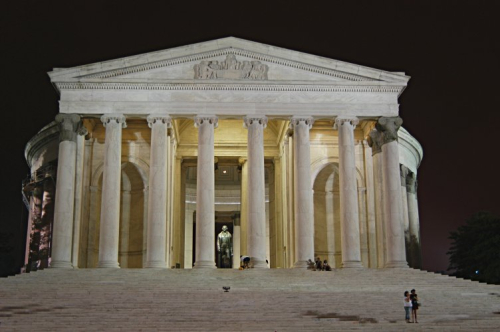 Jefferson_memorial_night_20040704_220948_1.752