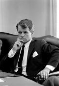 408px-Robert_F._Kennedy_1964 (1)